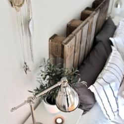 Turn pallets into beautiful decor!