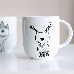 How To Decorate A Coffee Mug Using Porcelain Marker