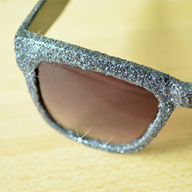 Glitter up Some Boring Sunglasses!