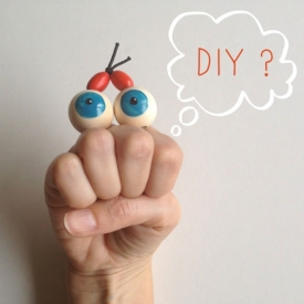 DIY Googly-Eyed Hand Puppet for Kid
