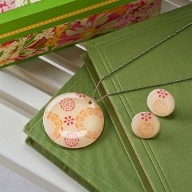 DIY Shrinky Dink Necklace