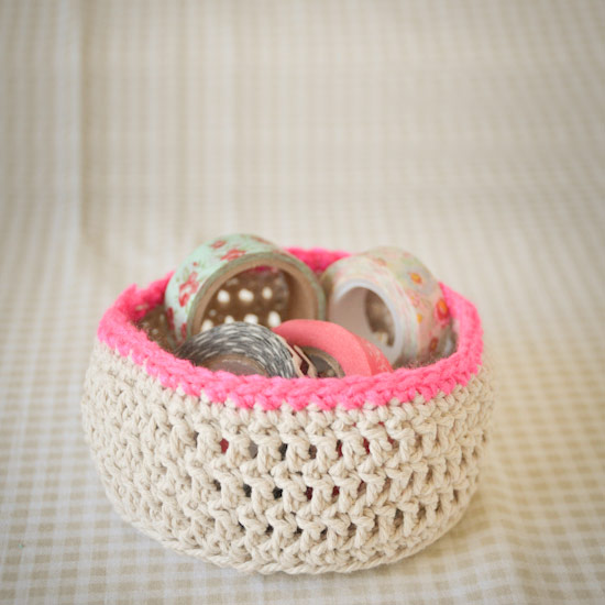 Simple Crochet Baskets With String