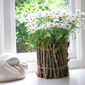 Twig Flower Pots to Give or Keep