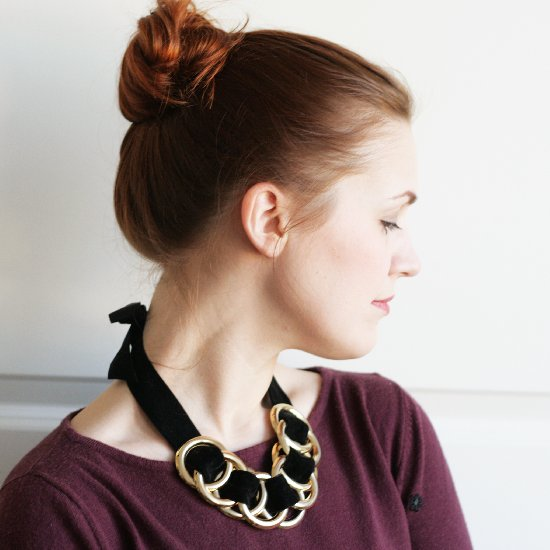 DIY // 5-MINUTE STATEMENT NECKLACE