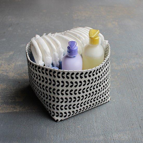 DIY Reversible Fabric Storage Bin