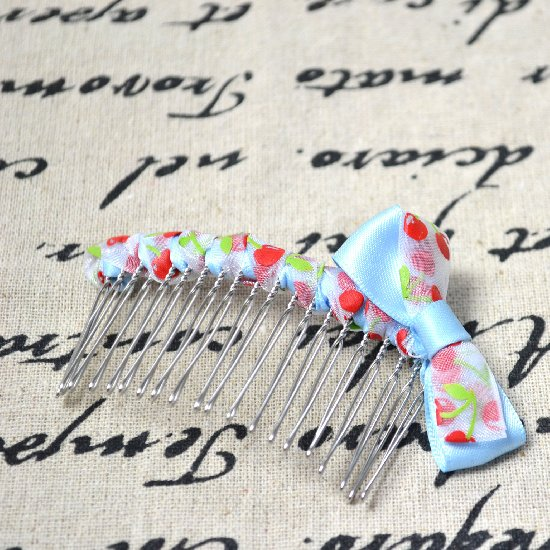 Lovely Bow Hair Comb with Ribbons