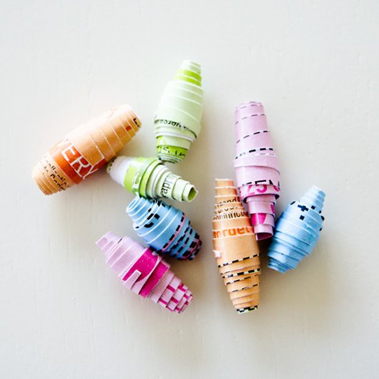 How to Make a Paper Beads Necklace