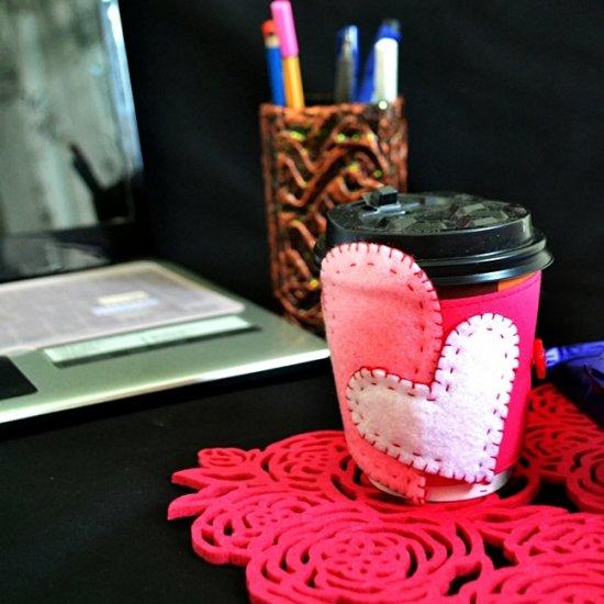 Heart Felt Coffee Mug Cozy Tutorial