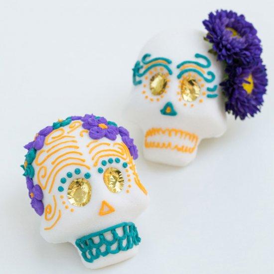 How to Make Mexican Sugar Skulls