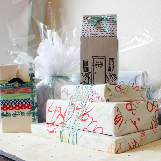 5 Cute and Frugal Gift Wrap Ideas