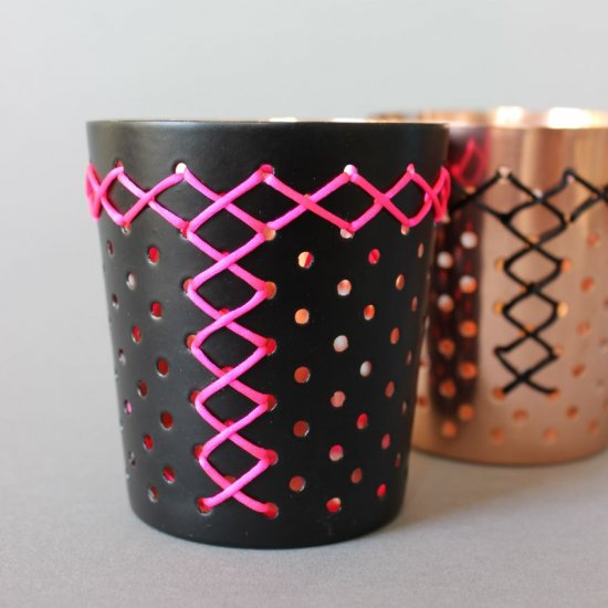 DIY – Embroidered candle holders