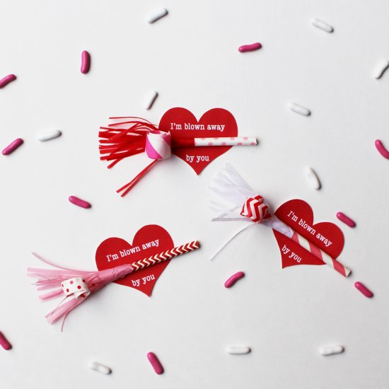 Mini Party Blowout Valentine's