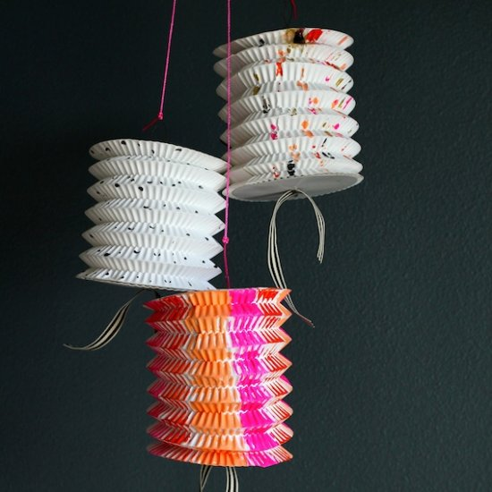 DIY: Hand-Painted Paper Lanterns