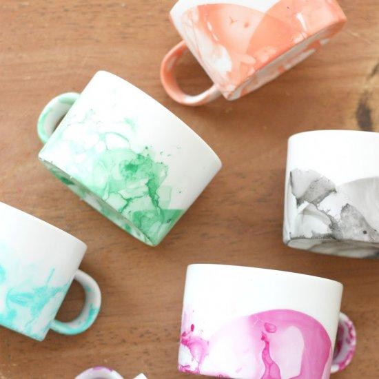 DIY Marbled Mugs w/Nail Polish