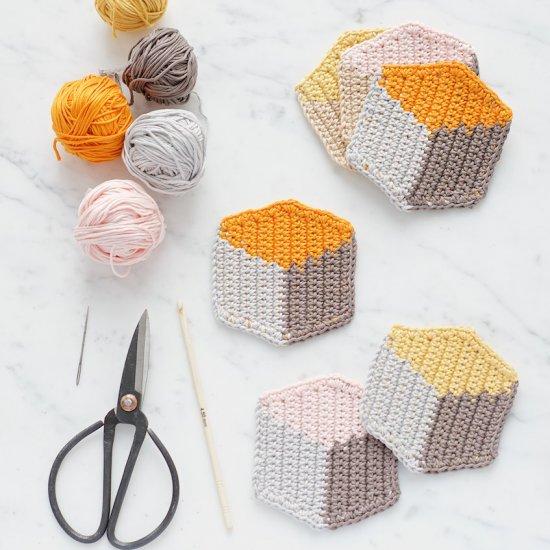 Crochet chet - Magazine cover