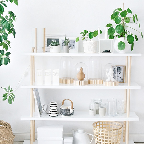 DIY Scandinavian Shelf