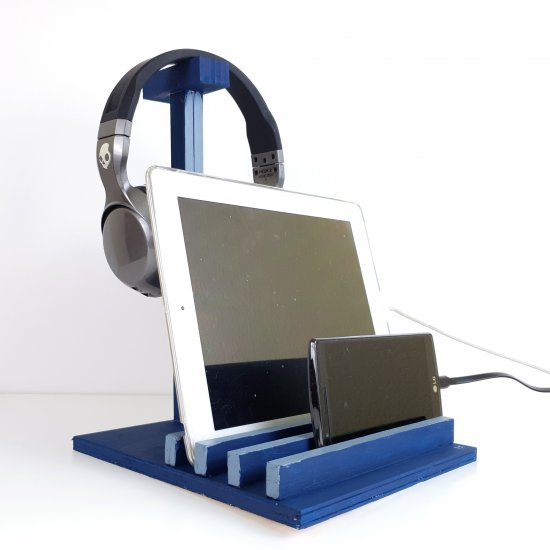 BASE FOR MOBILE TABLET & EARPHONES